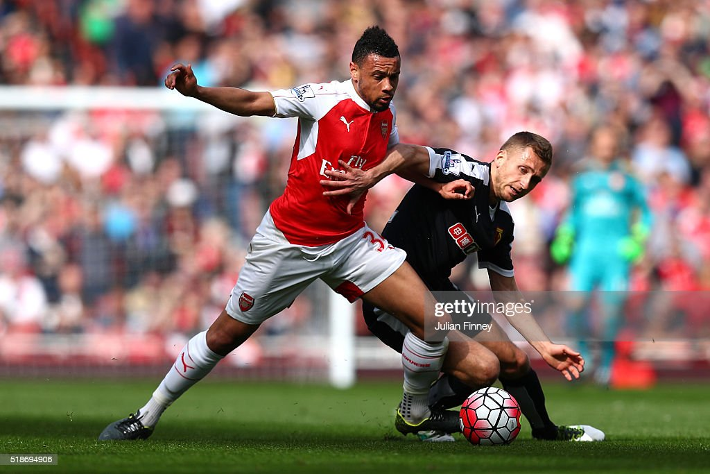 <a gi-track='captionPersonalityLinkClicked' href=/galleries/search?phrase=Francis+Coquelin&family=editorial&specificpeople=8957797 ng-click='$event.stopPropagation()'>Francis Coquelin</a> of Arsenal and <a gi-track='captionPersonalityLinkClicked' href=/galleries/search?phrase=Almen+Abdi&family=editorial&specificpeople=2574029 ng-click='$event.stopPropagation()'>Almen Abdi</a> of Watford compete for the ball during the Barclays Premier League match between Arsenal and Watford at Emirates Stadium on April 2, 2016 in London, England.