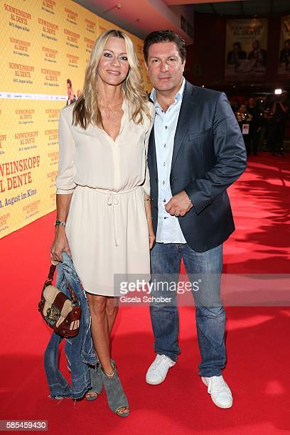 Francis FultonSmith and his wife Verena Klein during the premiere of the film 'Schweinskopf al dente' at Mathaeser Filmpalast on August 2 2016 in...