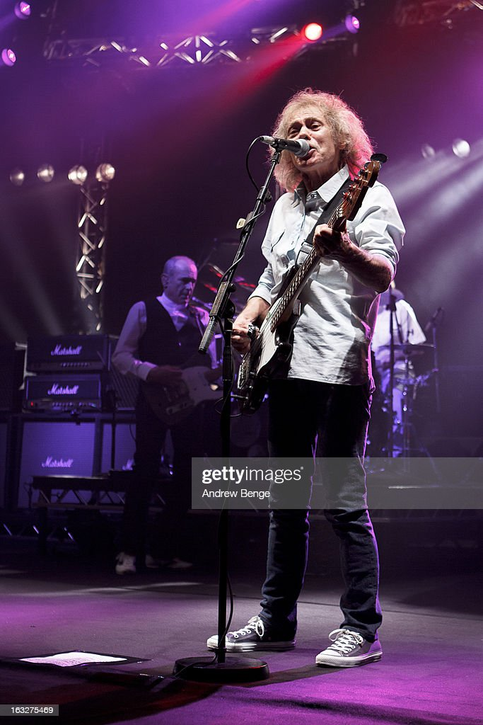 <a gi-track='captionPersonalityLinkClicked' href=/galleries/search?phrase=Francis+Rossi&family=editorial&specificpeople=243185 ng-click='$event.stopPropagation()'>Francis Rossi</a> and Alan Lancaster of Status Quo performs on stage in concert at Manchester Apollo on March 6, 2013 in Manchester, England.