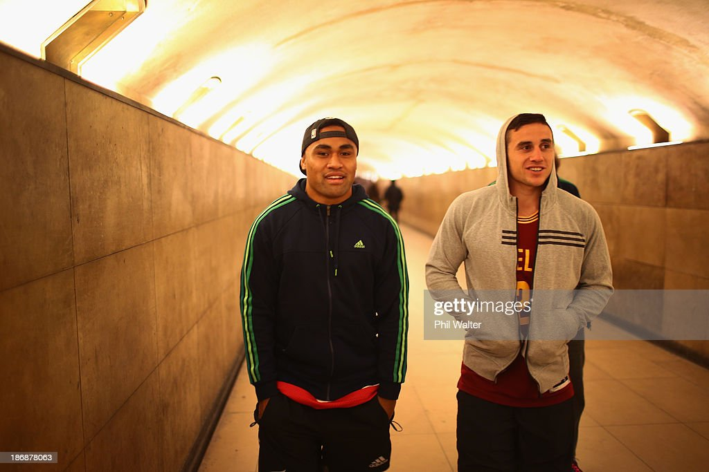 Francis Saili (L) and TJ Perenara (R) of the New Zealand All Blacks walk to view the Arc de Triomphe on November 4, 2013 in Paris, France.