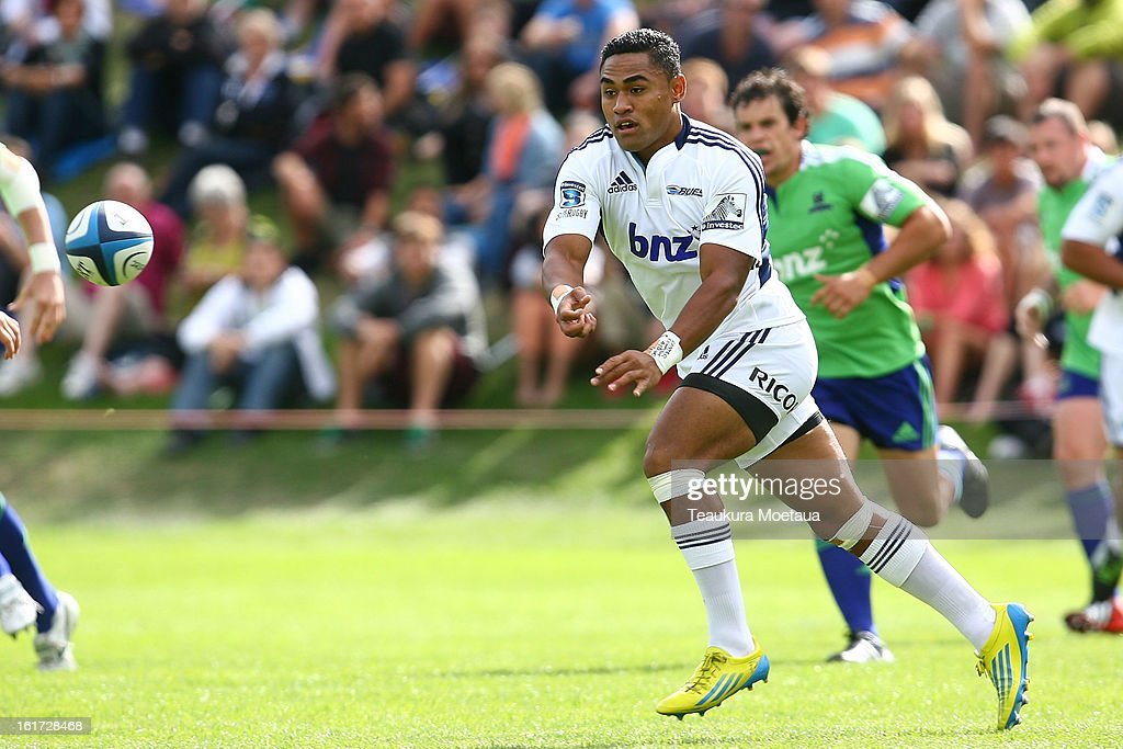 Francis Saili of the Blues passes during the Super Rugby trial match between the Highlanders and the Blues at the Queenstown Recreation Ground on February 15, 2013 in Queenstown, New Zealand.
