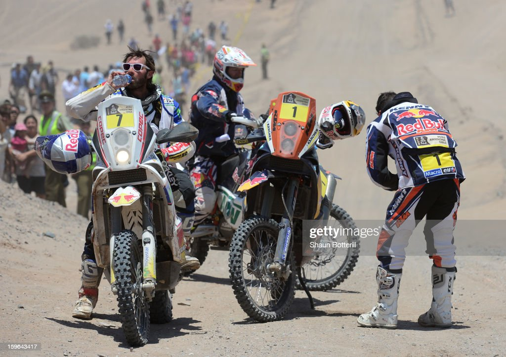 Francisco Chaleco Lopez Contardo of Chile feels the heat at the end of stage 12 from Fiambala to Copiapo during the 2013 Dakar Rally on January 17, 2013 in Fiambala, Argentina.