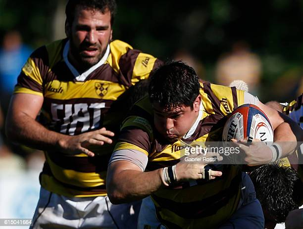 Francisco Ferronato of Belgrano Athletic drives the ball during a match between Belgrano Athletic and Hindu Club as part of the URBA Top 14 final at...