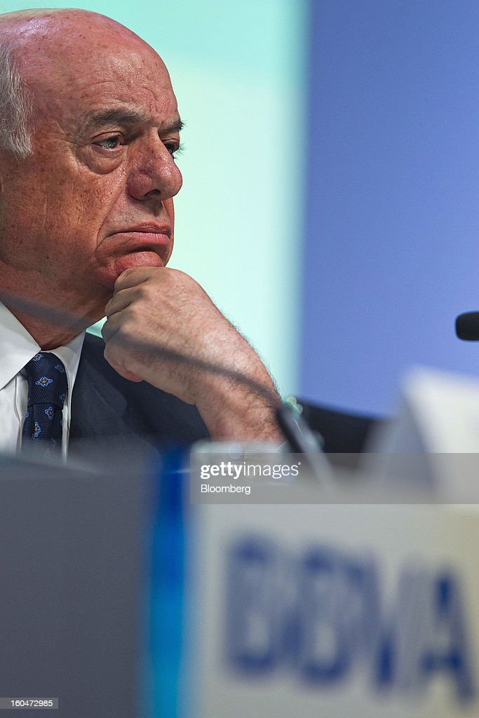 Francisco Gonzalez, chairman of Banco Bilbao Vizcaya Argentaria SA (BBVA), pauses during a news conference to announce the company's fourth-quarter results in Madrid, Spain, on Friday, Feb. 1, 2013. BBVA, Spain's second-biggest bank, posted a 20 million-euro ($27.3 million) fourth-quarter profit as a revenue boost offset costs of completing a cleanup of Spanish real estate assets. Photographer: Angel Navarrete/Bloomberg via Getty Images