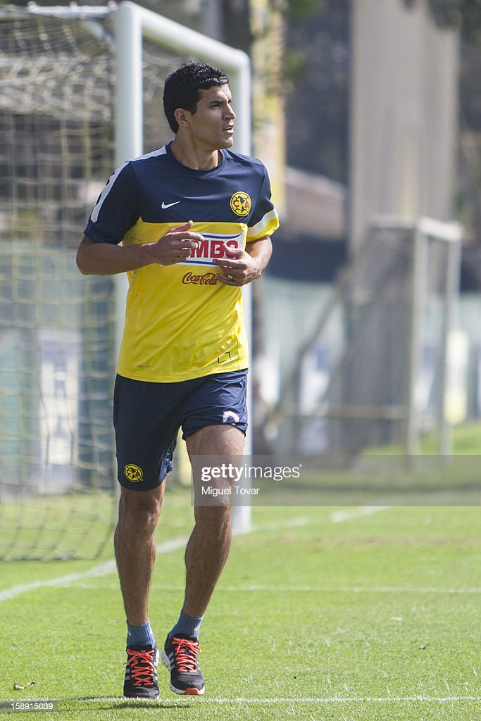 Francisco Javier Rodriguez runs during his presentation as a new player of America Futbol Club on January 03, 2012 in Mexico City, Mexico.