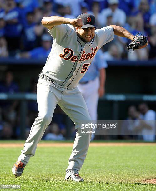 Francisco Rodriguez of the Detroit Tigers reacts after Paulo Orlando of the Kansas City Royals grounded out to end the game to give the Tigers a 65...