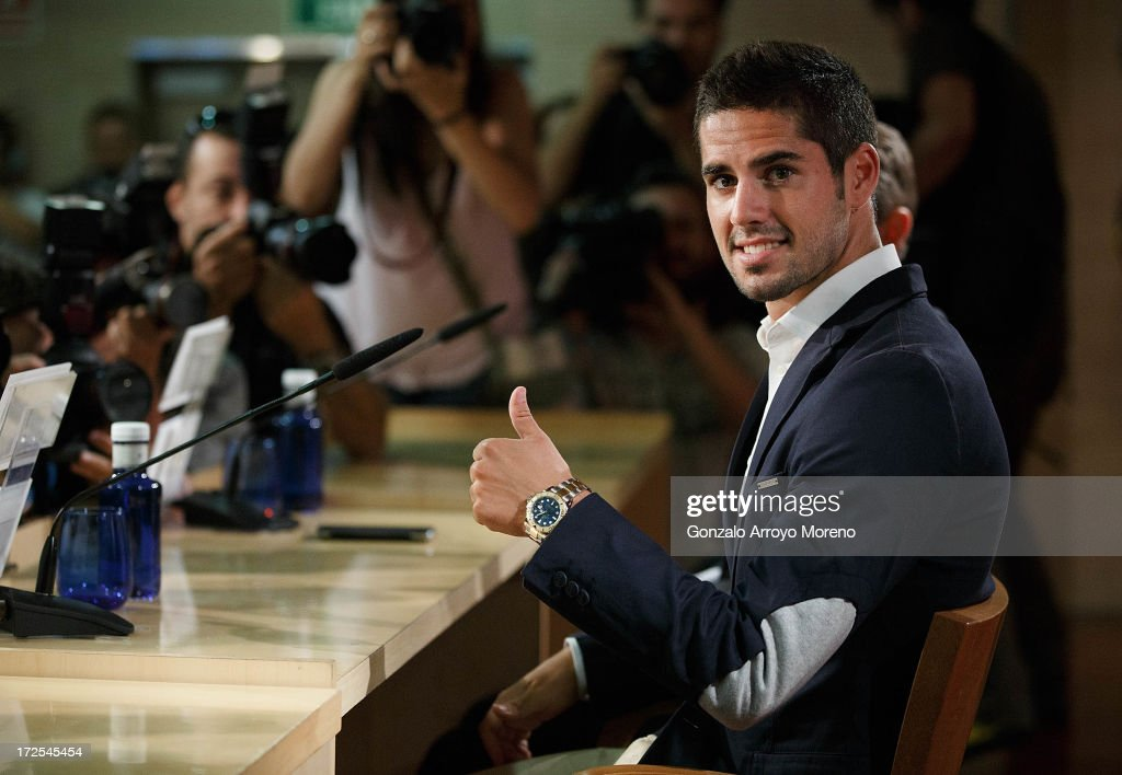 Francisco Roman Alarcon alias <a gi-track='captionPersonalityLinkClicked' href=/galleries/search?phrase=Isco&family=editorial&specificpeople=5848609 ng-click='$event.stopPropagation()'>Isco</a> during the press conference for his presentation as a new Real Madrid player at Estadio Bernabeu on July 3, 2013 in Madrid, Spain.