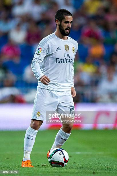 Francisco Roman Alarcon alias Isco of Real Madrid CF controls the ball during the Santiago Bernabeu Trophy match between Real Madrid CF and...