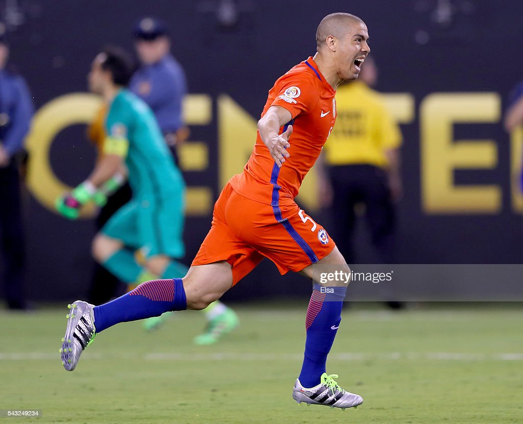 <a gi-track='captionPersonalityLinkClicked' href=/galleries/search?phrase=Francisco+Silva+-+Soccer+Player&family=editorial&specificpeople=12777716 ng-click='$event.stopPropagation()'>Francisco Silva</a> #5 of Chile celebrates after he scored the match winning penalty kick against Argentina during the Copa America Centenario Championship match at MetLife Stadium on June 26, 2016 in East Rutherford, New Jersey.Chile defeated Argentina 0-0 with the 4-2 win in the shootout.