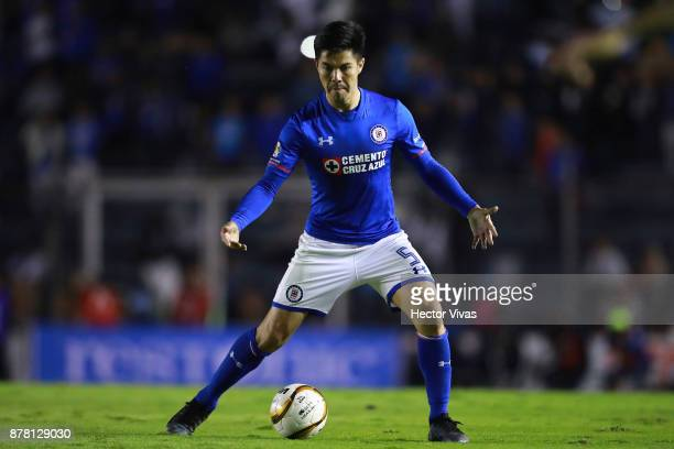 Francisco Silva of Cruz Azul drives the ball during the quarter finals first leg match between Cruz Azul and America as part of the Torneo Apertura...