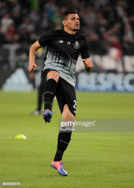 Francisco Soares of Porto warms up before the UEFA Champions League football match Juventus vs FC Porto on March 14 2017 at the Juventus stadium in...