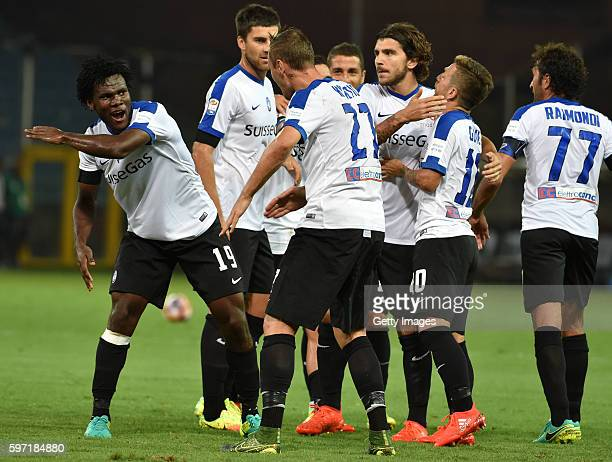 Franck Kessie of Atalanta BC celebrate after scoring the opening goal with team mates during the Serie A match between UC Sampdoria and Atalanta BC...