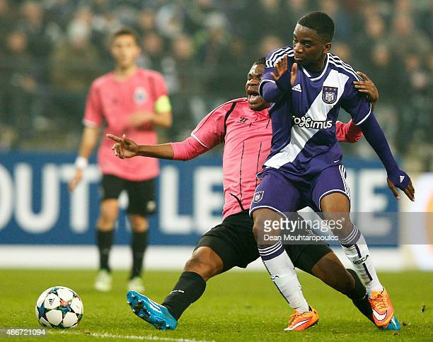 Franck Mikal of Anderlecht and Fidelis of Porto battle for the ball during the UEFA Youth League quarter final match between RSC Anderlecht and FC...