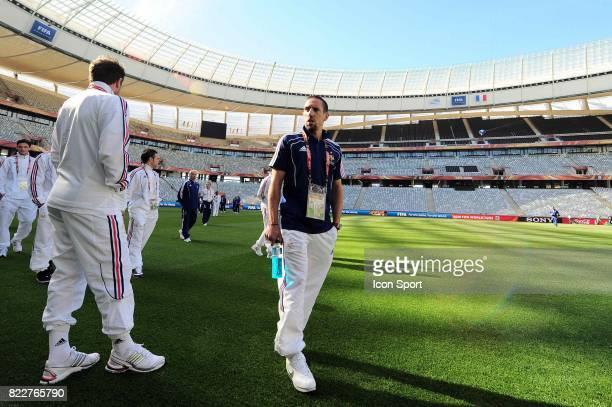 Franck RIBERY Reconnaissance du terrain avant le match contre l'Uruguay Green Point Stadium Le Cap
