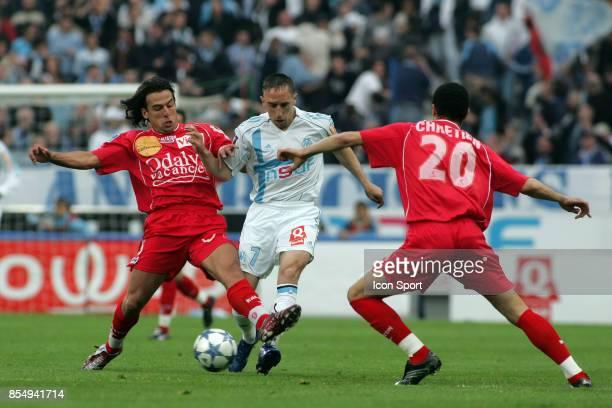 Franck RIBERY entre BERENGUER et CHRETIEN Marseille / Nancy 35eme journee de Ligue 1
