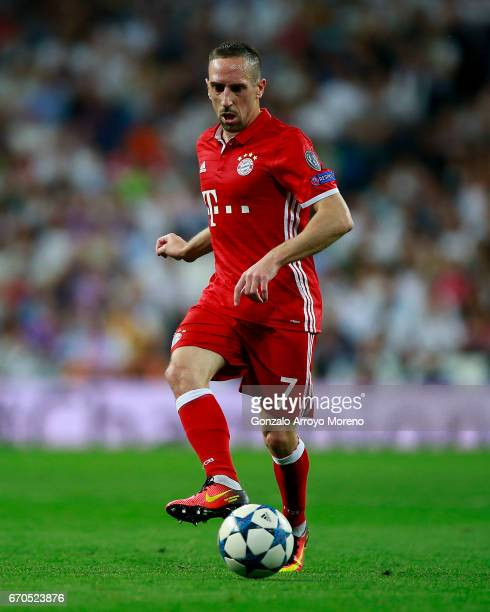 Franck Ribery of Bayern Muenchen controls the ball during the UEFA Champions League Quarter Final second leg match between Real Madrid CF and FC...
