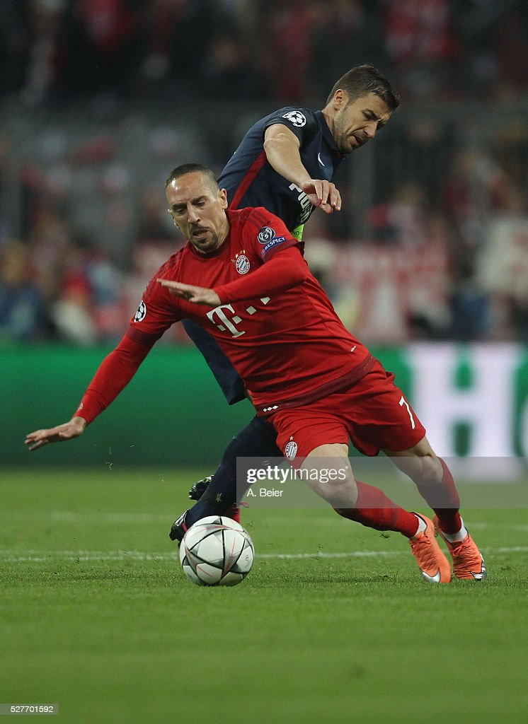 Franck Ribery (L) of Bayern Muenchen fights for the ball with <a gi-track='captionPersonalityLinkClicked' href=/galleries/search?phrase=Gabi+-+Fu%C3%9Fballspieler&family=editorial&specificpeople=6912055 ng-click='$event.stopPropagation()'>Gabi</a> of Atletico Madrid during the Champions League semi final second leg match between FC Bayern Muenchen and Club Atletico de Madrid at Allianz Arena on May 3, 2016 in Munich, Germany.