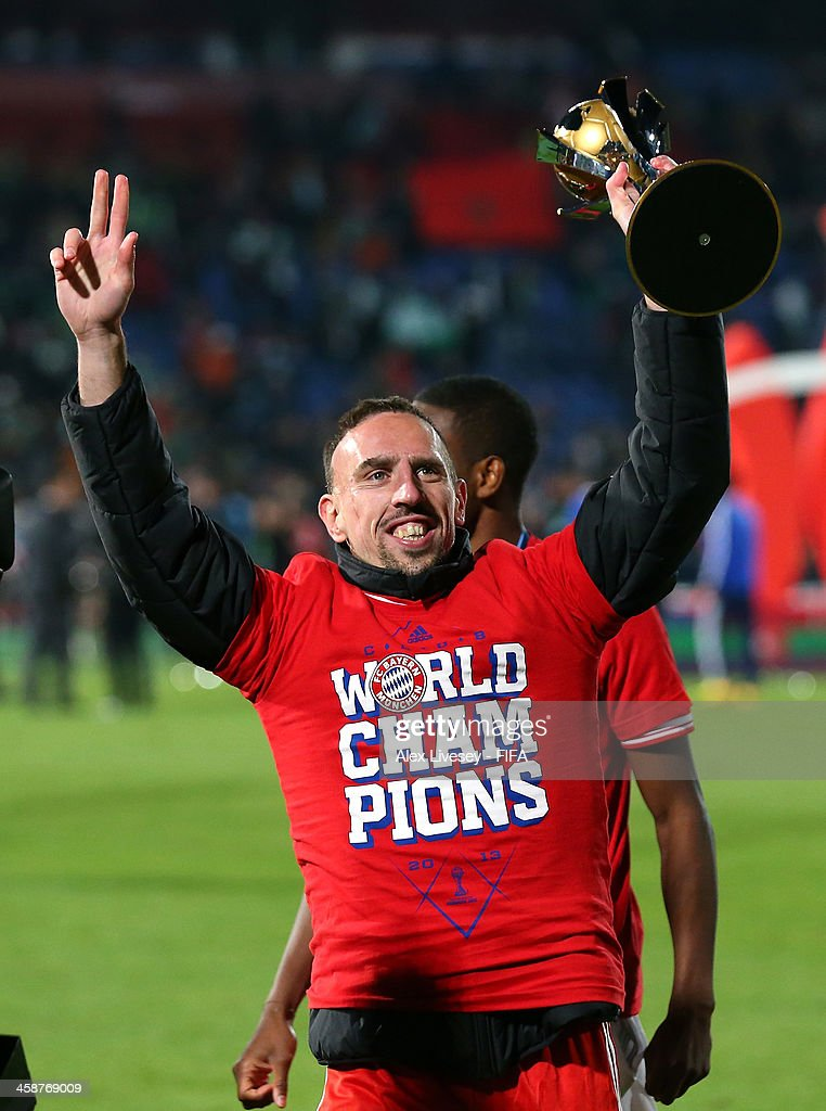 <a gi-track='captionPersonalityLinkClicked' href=/galleries/search?phrase=Franck+Ribery&family=editorial&specificpeople=490869 ng-click='$event.stopPropagation()'>Franck Ribery</a> of FC Bayern Munchen lifts the FIFA Club World Cup after victory in the FIFA Club World Cup Final between FC Bayern Munchen and Raja Casablanca at Marrakech Stadium on December 21, 2013 in Marrakech, Morocco.