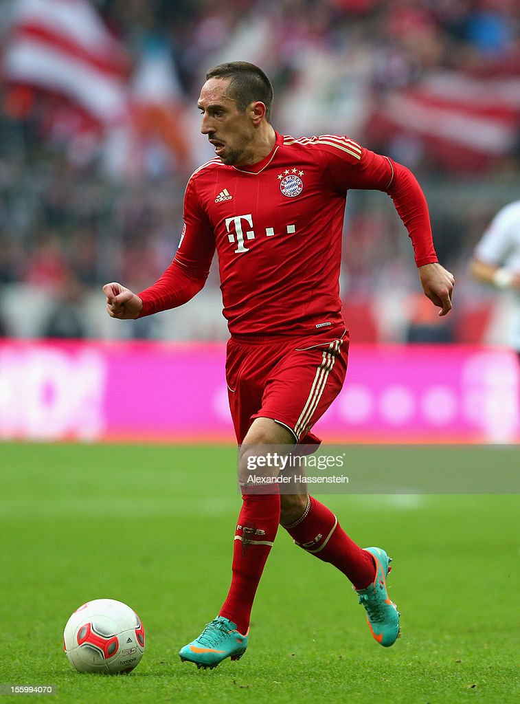 Franck Ribery of Muenchen runs with the ball during the Bundesliga match between FC Bayern Muenchen and Eintracht Frankfurt at Allianz Arena on November 10, 2012 in Munich, Germany.