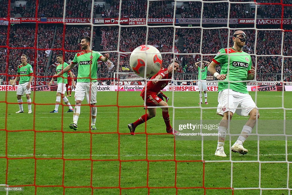 <a gi-track='captionPersonalityLinkClicked' href=/galleries/search?phrase=Franck+Ribery&family=editorial&specificpeople=490869 ng-click='$event.stopPropagation()'>Franck Ribery</a> (C) of Muenchen scores the 2nd team goal during the Bundesliga match between FC Bayern Muenchen and Fortuna Duesseldorf 1895 at Allianz Arena on March 9, 2013 in Munich, Germany.