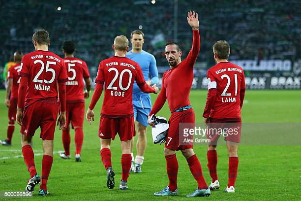 Franck Ribery of Muenchen waves to the fans after the Bundesliga match between Borussia Moenchengladbach and FC Bayern Muenchen at BorussiaPark on...
