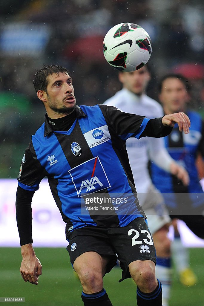 Franco Brienza of Atalanta BC in action during the Serie A match between Atalanta BC and UC Sampdoria at Stadio Atleti Azzurri d'Italia on March 30, 2013 in Bergamo, Italy.