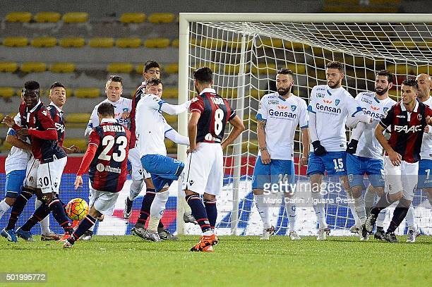 Franco Brienza of Bologna FC scores his team's first goal during the Serie A match between Bologna FC and Empoli FC at Stadio Renato Dall'Ara on...