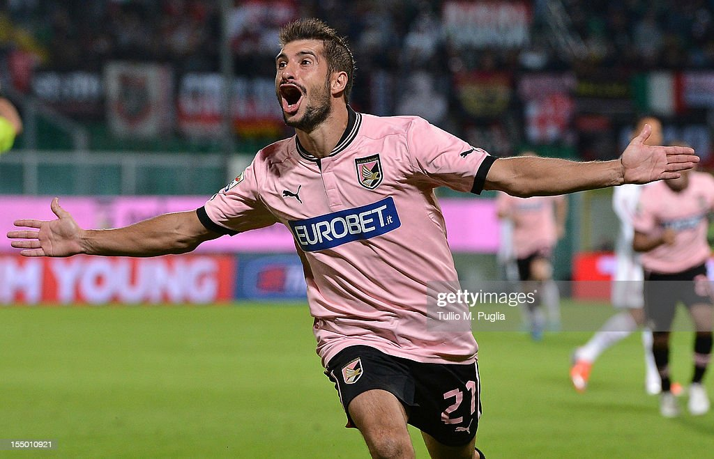 Franco Brienza of Palermo celebrates after scoring his team's second goal during the Serie A match between US Citta di Palermo and AC Milan at Stadio Renzo Barbera on October 30, 2012 in Palermo, Italy.