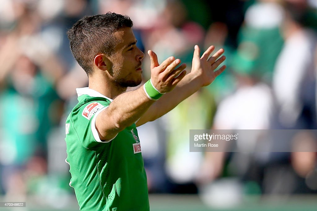 <a gi-track='captionPersonalityLinkClicked' href=/galleries/search?phrase=Franco+Di+Santo&family=editorial&specificpeople=4099757 ng-click='$event.stopPropagation()'>Franco Di Santo</a> of Bremen celebrates scoring the opening goal during the Bundesliga match between SV Werder Bremen and Hamburger SV at Weserstadion on April 19, 2015 in Bremen, Germany.