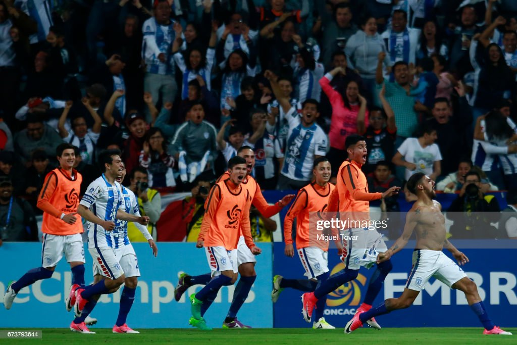 Franco Jara of Pachuca celebrates with teammates after scoring the first goal of his team during the Final second leg match between Pachuca and Tigres UANL as part of the CONCACAF Champions League 2016/17 at Hidalgo Stadium on April 26, 2017 in Monterrey, Mexico.