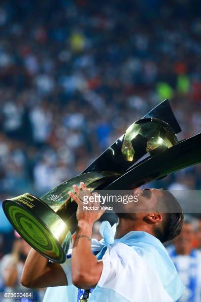 Franco Jara of Pachuca kisses the trophy to celebrate after winning the Final second leg match between Pachuca and Tigres UANL as part of the...
