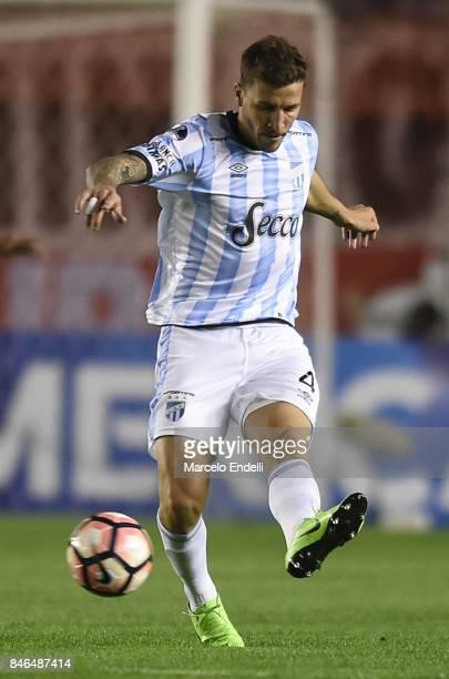 Franco Sbuttoni of Atletico Tucuman kicks the ball during a second leg match between Independiente and Atletico Tucuman as part of round of 16 of...