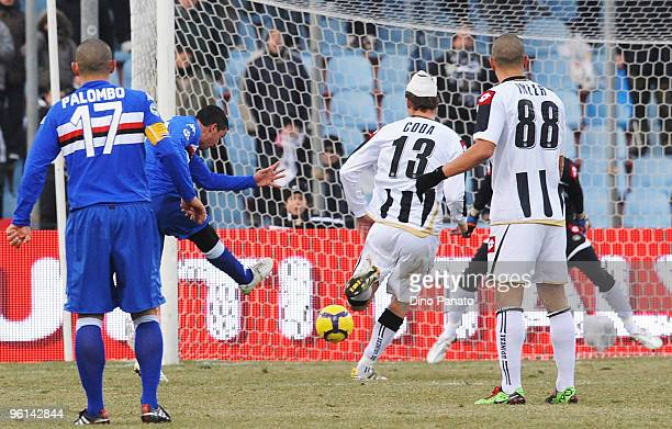 Franco Semioli of Sampdoria scores his sampdoria's third goal during the Serie A match between Udinese and Sampdoria at Stadio Friuli on January 24...