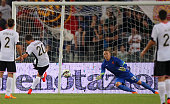 Franco Vazquez of US Citta' di Palermo scores the opening goal from penalty spot during the Serie A match between AS Roma and US Citta di Palermo at...