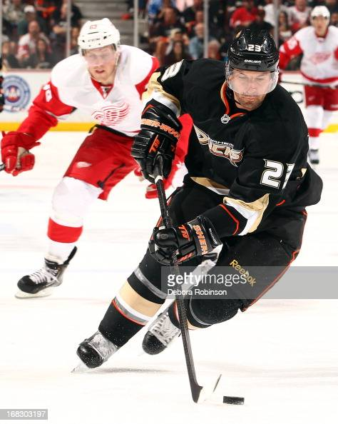 Francois Beauchemin of the Anaheim Ducks handles the puck against the Detroit Red Wings in Game Two of the Western Conference Quarterfinals during...