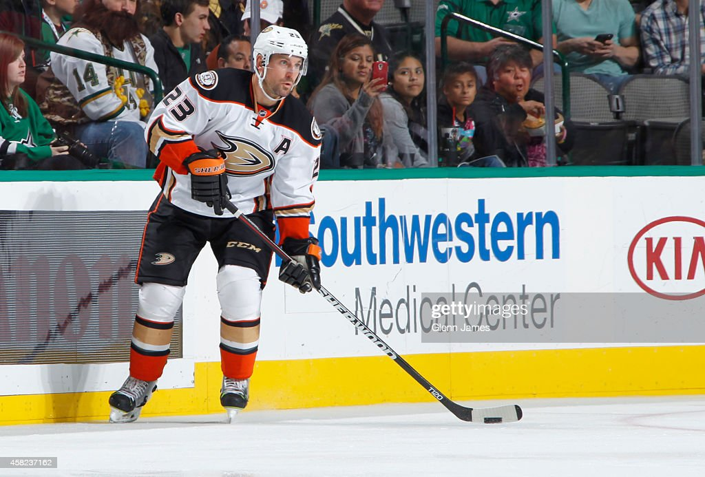 Francois Beauchemin of the Anaheim Ducks handles the puck against the Dallas Stars at the American Airlines Center on October 31 2014 in Dallas Texas