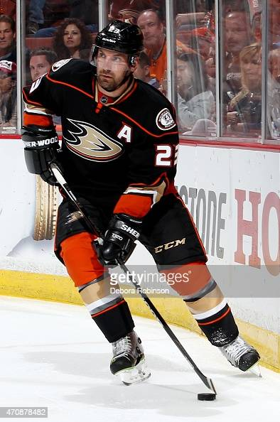 Francois Beauchemin of the Anaheim Ducks handles the puck against the Winnipeg Jets in Game Two of the Western Conference Quarterfinals during the...