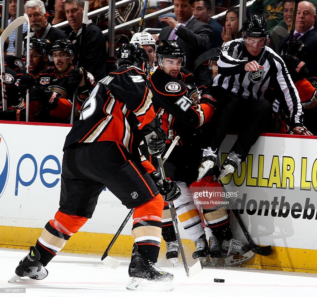 <a gi-track='captionPersonalityLinkClicked' href=/galleries/search?phrase=Francois+Beauchemin&family=editorial&specificpeople=604125 ng-click='$event.stopPropagation()'>Francois Beauchemin</a> #23 of the Anaheim Ducks handles the puck during a game against the Buffalo Sabres at Honda Center on November 8, 2013 in Anaheim, California.