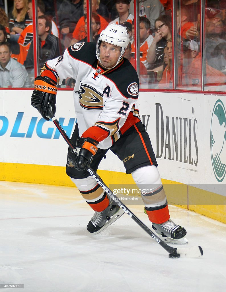 Francois Beauchemin of the Anaheim Ducks looks to pass the puck against the Philadelphia Flyers on October 14 2014 at the Wells Fargo Center in...