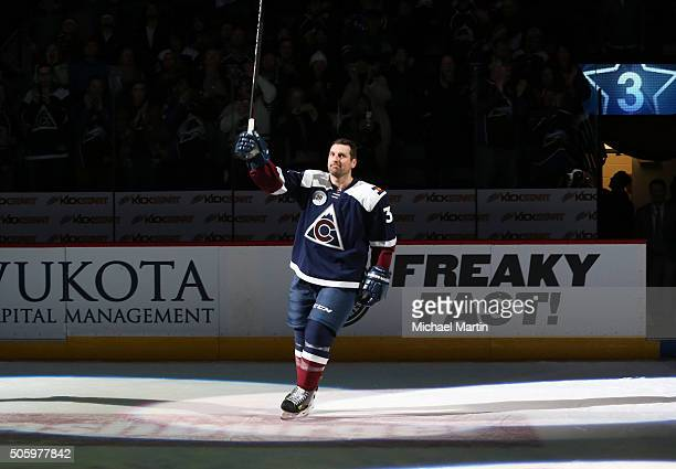 Francois Beauchemin of the Colorado Avalanche acknowledges the crowd after be named the first star of the game against the Buffalo Sabres at the...