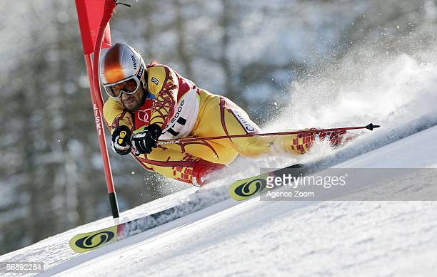 Francois Bourque of Canada competes in the Mens Alpine Skiing Giant Slalom competition on Day 10 of the 2006 Turin Winter Olympic Games on February...
