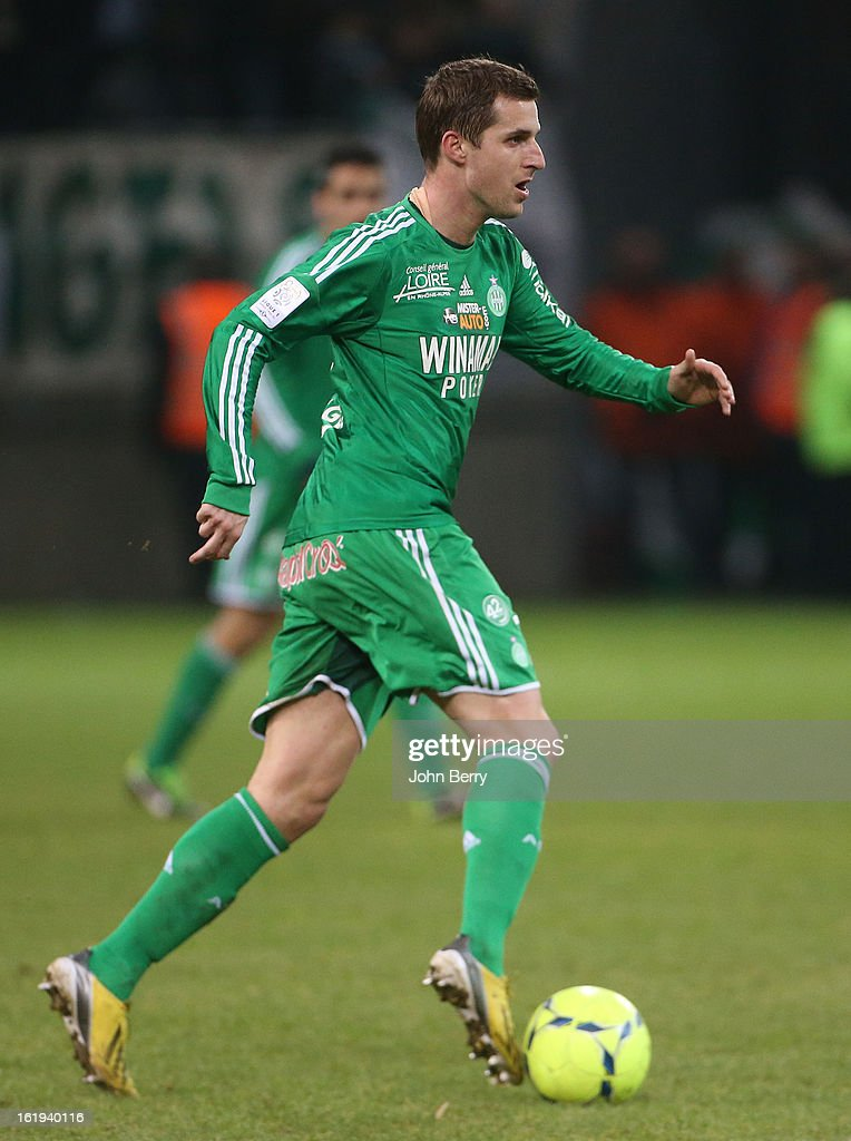 Francois Clerc of ASSE in action during the french Ligue 1 match between Stade de Reims and AS Saint-Etienne at the Stade Auguste Delaune on February 17, 2013 in Reims, France.