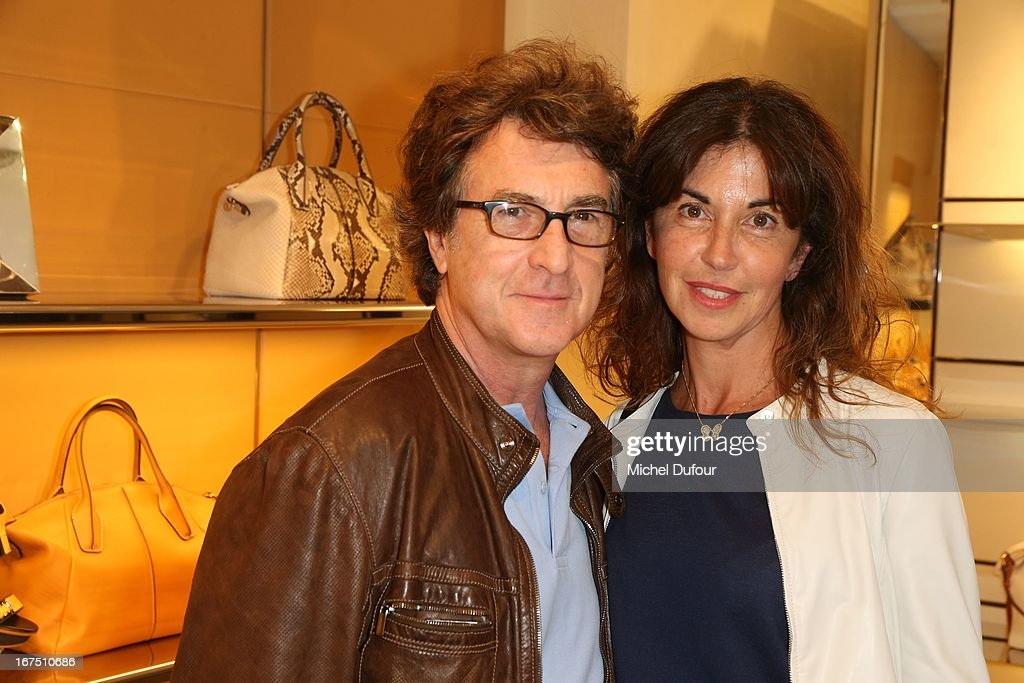 <a gi-track='captionPersonalityLinkClicked' href=/galleries/search?phrase=Francois+Cluzet&family=editorial&specificpeople=626602 ng-click='$event.stopPropagation()'>Francois Cluzet</a> and Nargis attend the 'D.D. Bag Collection' Launch Cocktail at Tods Shop on April 25, 2013 in Paris, France.