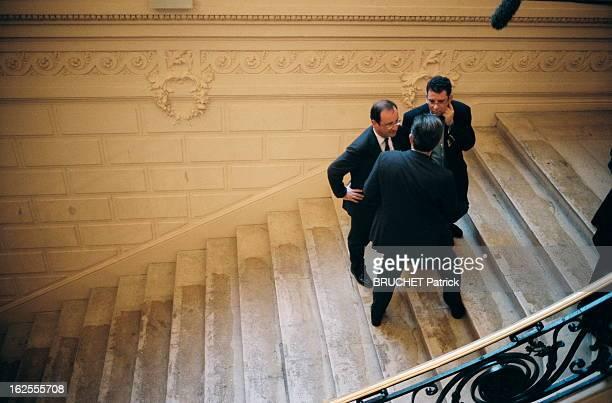 Francois Hollande Elections présidentielles d'Avril 2002 les résultats du 1er tour à l'Atelier le QG de campagne de Lionel Jospin 21 avril 2002 avant...