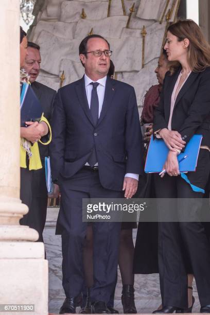 Francois Hollande with all the ministers in Paris France on April 19 2017