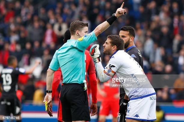 Francois Letexier referee and Jean Louis Leca of Bastia complains after the goal of Marco Verratti of Paris Saint Germain during the French Ligue 1...