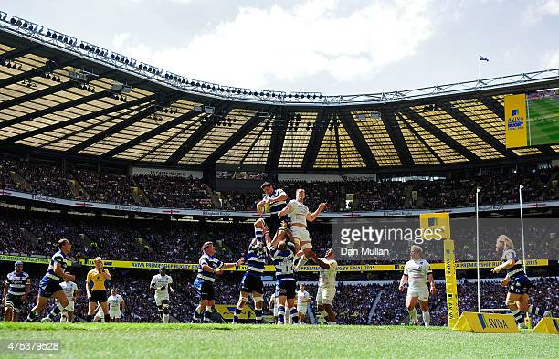 Francois Louw of Bath wins linout ball under pressure from George Kruis of Saracens during the Aviva Premiership Final between Bath Rugby and...