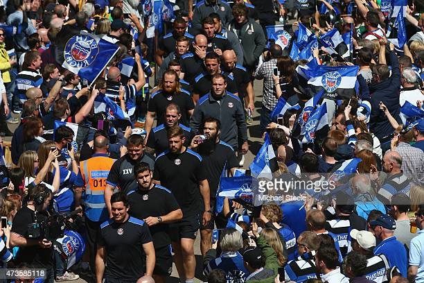 Francois Louw the captain of Bath leads his team trhough a sea of home support as they enter the ground ahead of the Aviva Premiership match between...