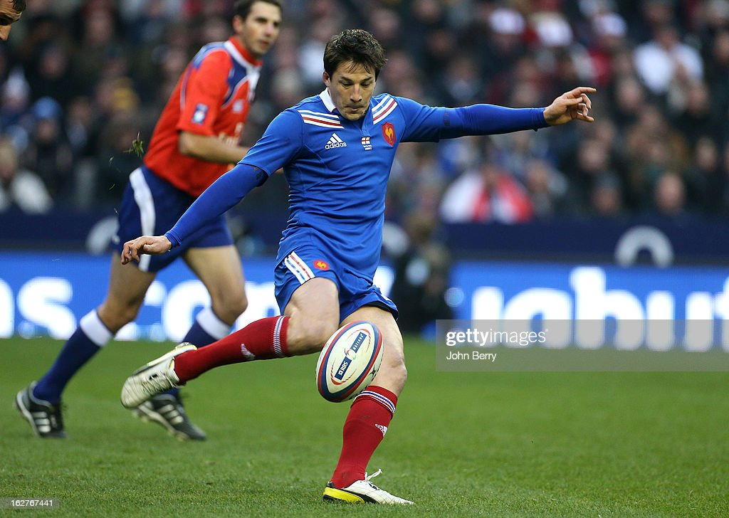 <a gi-track='captionPersonalityLinkClicked' href=/galleries/search?phrase=Francois+Trinh-Duc&family=editorial&specificpeople=4209248 ng-click='$event.stopPropagation()'>Francois Trinh-Duc</a> of France in action during the RBS Six Nations match between England and France at Twickenham Stadium on February 23, 2013 in London, England.
