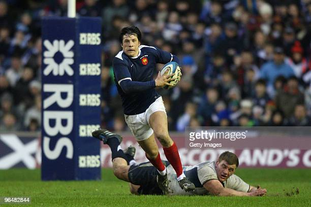 Francois TrinhDuc of France in action during the RBS Six Nations Championship match between Scotland and France at Murrayfield Stadium on February 7...